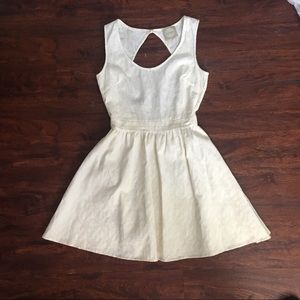 Alythea off white open back dress | S